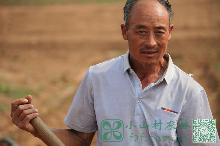 老孔:与土地打了四十年交道的地道农民