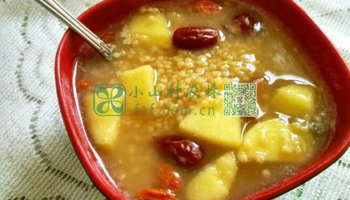 苹果枸杞红糖小米粥图片